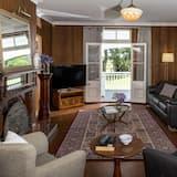 Comfort-talo, 5 makuuhuonetta, Näköala puutarhaan - Oleskelualue