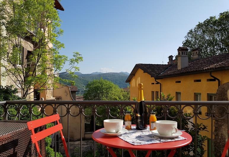 เบร์กาโม อัลตา เกสต์เฮาส์, Bergamo, อพาร์ทเมนท์, ปลอดบุหรี่, วิวภูเขา (Arlecchino), ห้องพัก