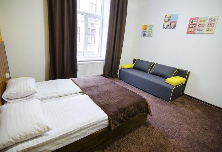 Pop Art Hostel, Lavov, Classic dvokrevetna soba, 1 queen size krevet, za nepušače, pogled na grad, Soba za goste