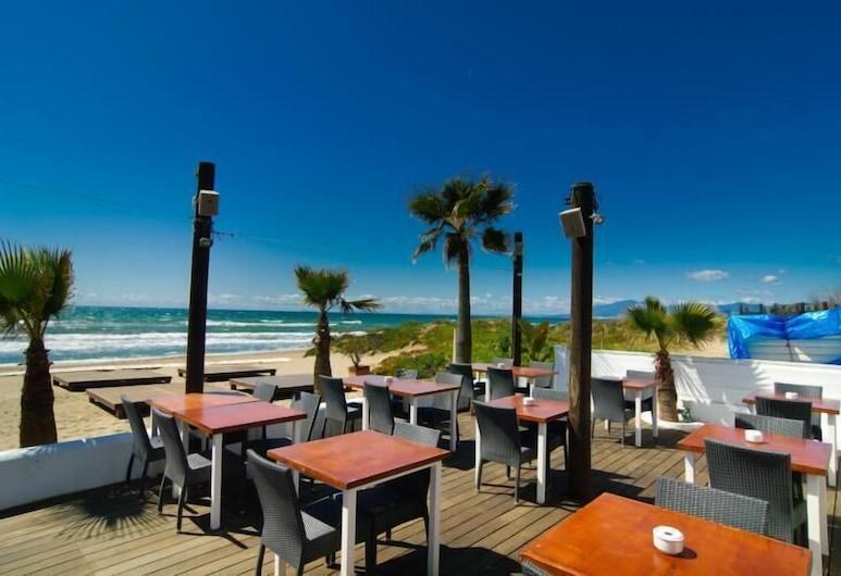 Beach front villa with private pool, Marbella, Terrace/Patio