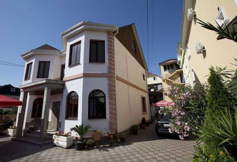 Russo Guest House, Adlersky