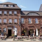 Hotel & Restaurant Ratskeller Nideggen