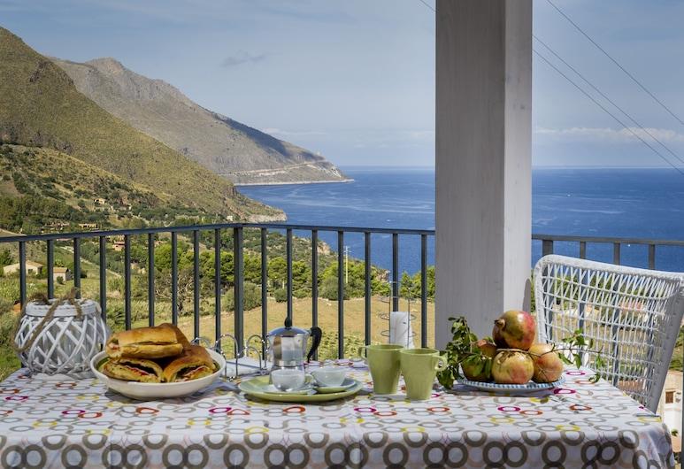 Villa Rosaria, Castellammare del Golfo, Apartment, 1 Bedroom (Marta), Terrace/Patio