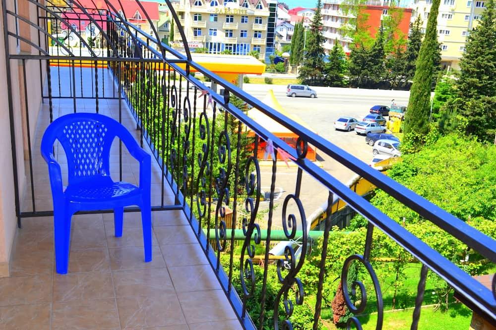 Standard Tek Büyük Yataklı Oda - Balkon