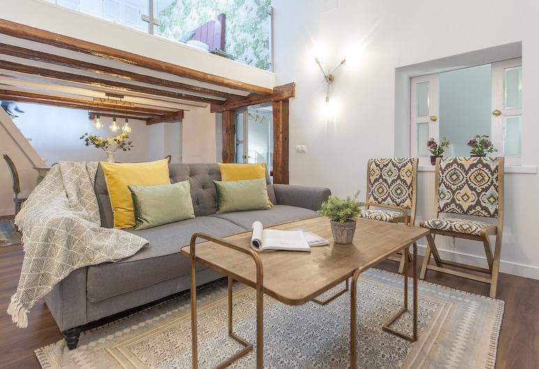 Alterhome Luxury Atico Plaza Mayor, Madryt, Apartament, 2 sypialnie, taras, widok na miasto, Salon