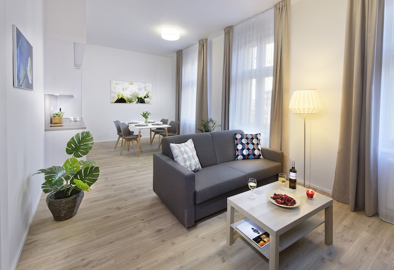 DownTown Suites Jugoslavska, Prague, Exclusive Apartment, 1 Queen Bed with Sofa bed, Non Smoking, City View, Living Room