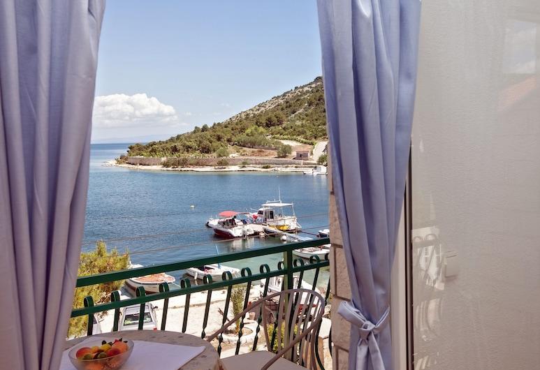 Villa Stana, Marina