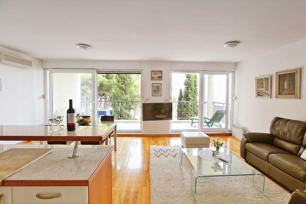 Apartment, Sea View - Ruang Tamu