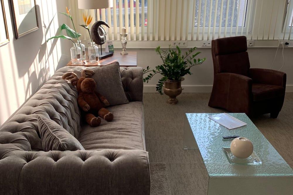 Prémium apartman, 1 hálószobával, mozgássérültek számára is hozzáférhető, nemdohányzó - Nappali