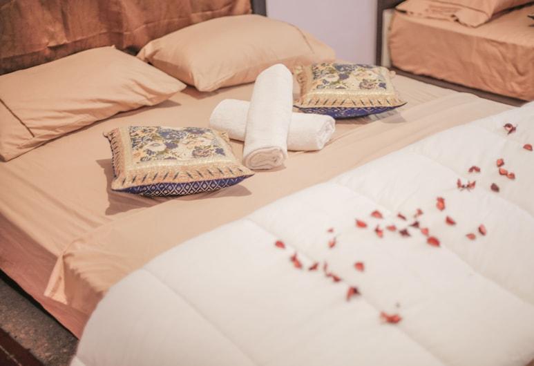 Dar Widad, Tarmigt, Štvorposteľová izba typu Comfort, viacero postelí, nefajčiarska izba, Hosťovská izba