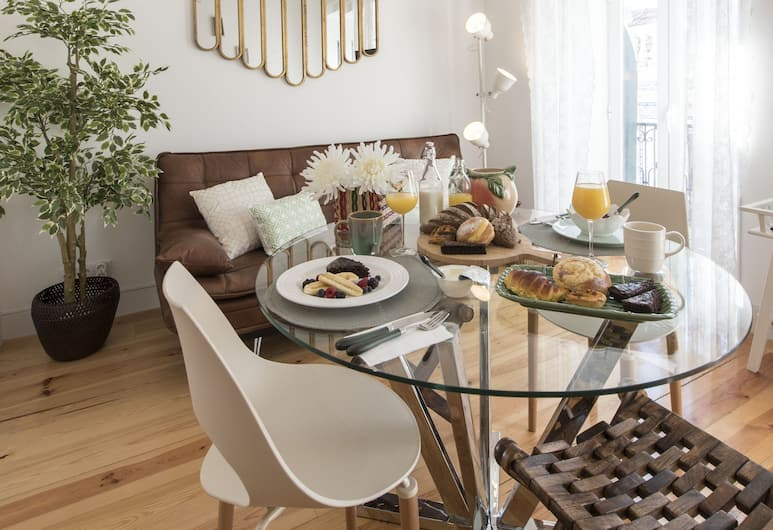 Wanderlust Liberdade, Lisbon, Apartment, 2 Bedrooms, Balcony, City View (II), In-Room Dining