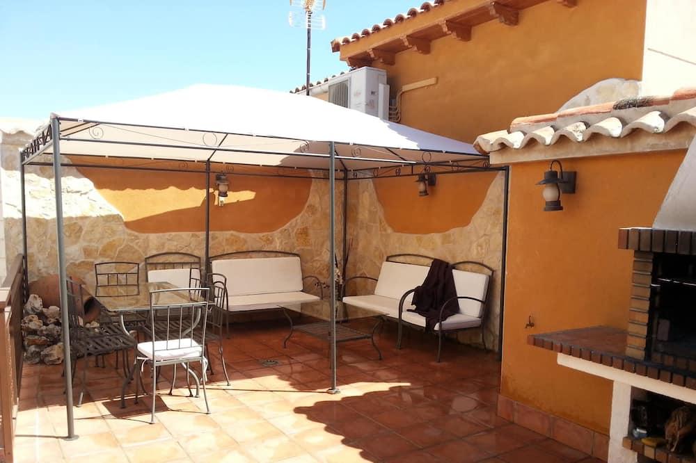 Dom, 3 sypialnie - Taras/patio