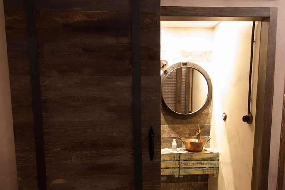 Dom, 3 sypialnie - Umywalka