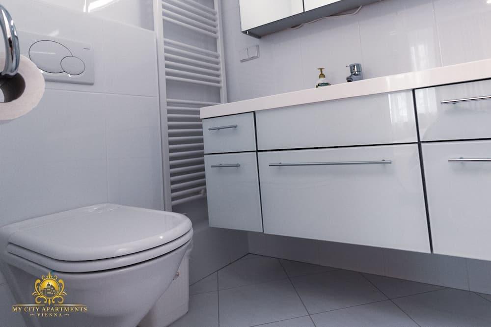 豪華公寓, 庭園景, 地面 - 浴室