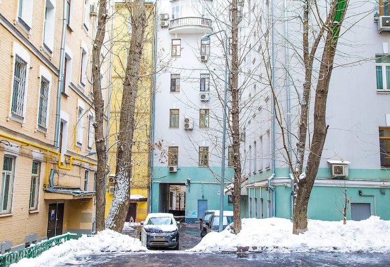 Apartment on Sretensky Bulvar, Moscow, Front of property