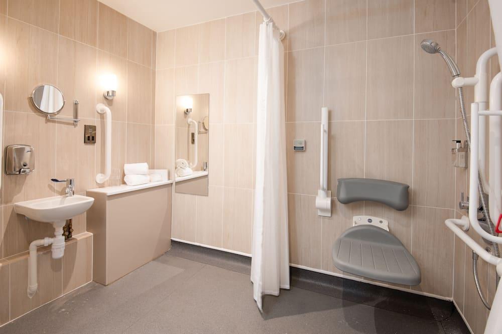 Chambre Double ou avec lits jumeaux, accessible aux personnes à mobilité réduite - Salle de bain