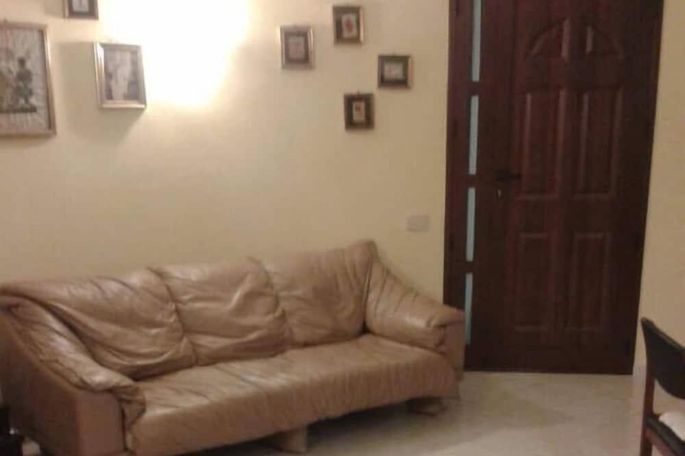 Comfort Apartment, 3 Bedrooms, Non Smoking, Kitchen - Living Room