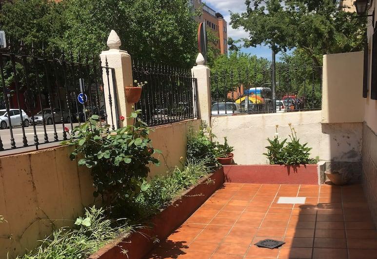 Hostal Los Rosales, Madrid, Balkon