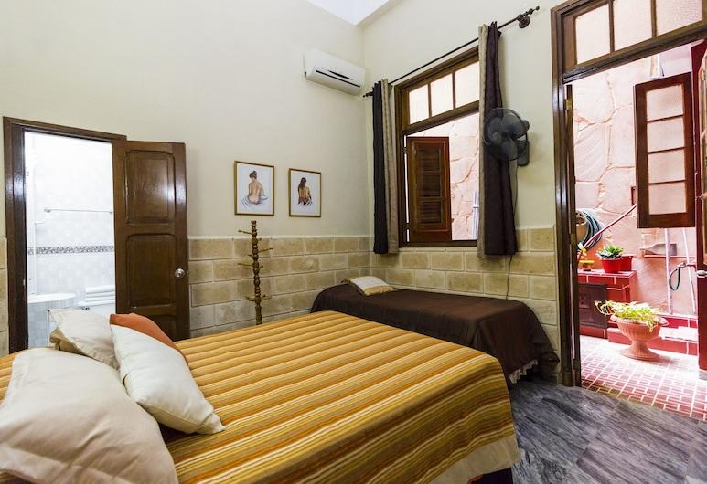 蒙特內哥羅青年旅舍, 哈瓦那, 舒適三人房, 多張床, 非吸煙房, 客房
