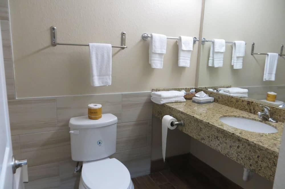 雙人房, 2 張加大雙人床, 非吸煙房 - 浴室