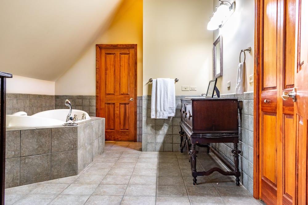 Deluxe-suite - 2 soveværelser - Badeværelse