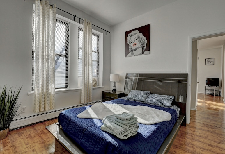 Modern Apartment minutes to NYC, Jersey City, Premium Apartment, 1 Bedroom, Room