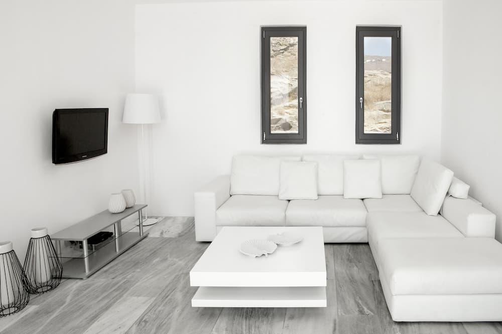 New Liberation Villa 2 - Phòng khách