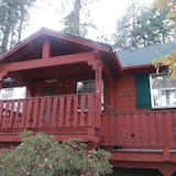 House, 3 Twin Beds (Evergreen Village Retreat) - Front of property