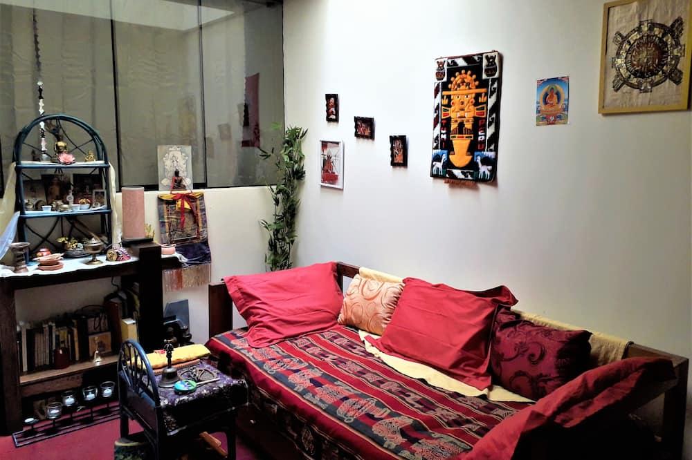 舒適雙人房, 1 張加大雙人床, 山景 - 客廳