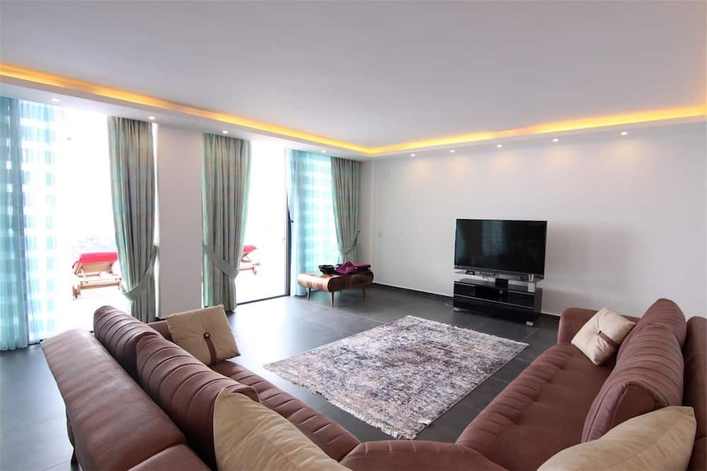 Villa, 3 Bedrooms, Private Pool - Living Area