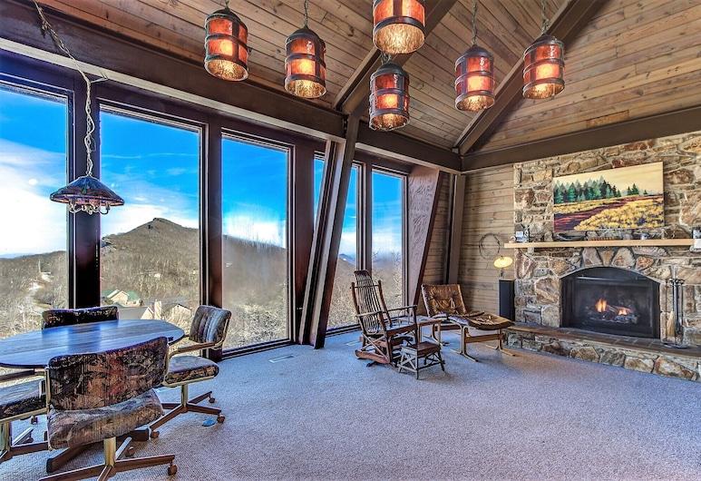 Endless Vistas 307 - 3 Br Home, Banner Elk, House, 3 Bedrooms, Living Room