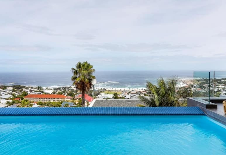 Skyline Views, Cape Town, Villa, 5 Bedrooms, Private Pool