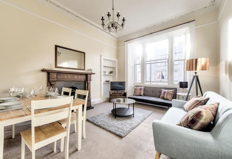 Henderson - New Town Apartment, Edinburgh