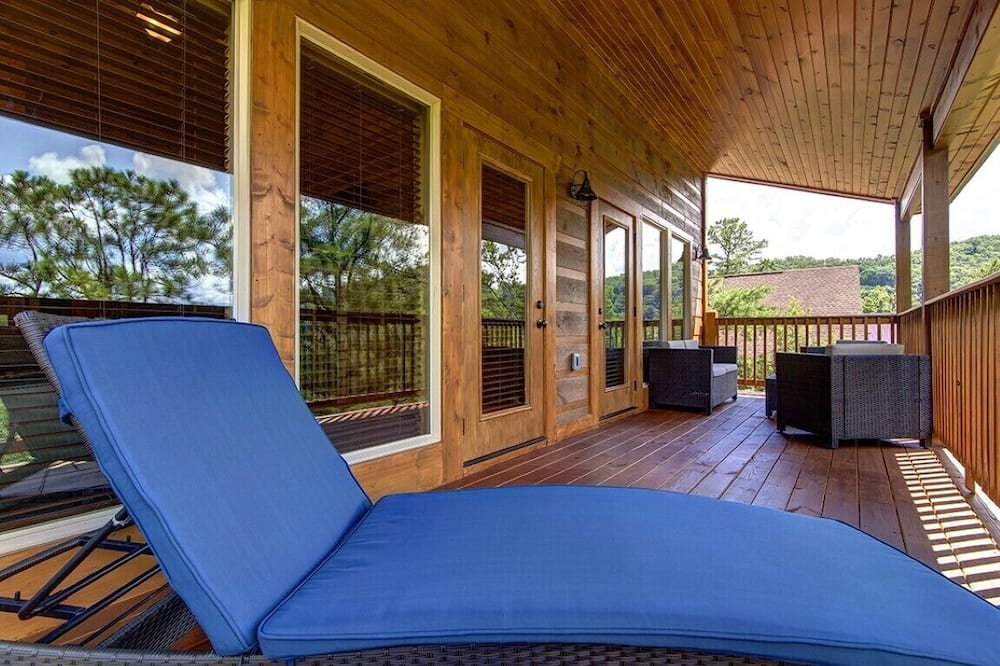 Namiņš, četras guļamistabas - Balkons