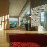 Apartament, 3 sypialnie, widok na plażę - Salon
