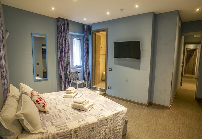 格拉奇旅館, 羅馬, 豪華三人房, 非吸煙房, 客房