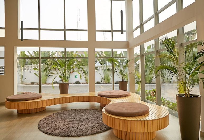 The Cabin Hotel , Accra, Lobby Sitting Area