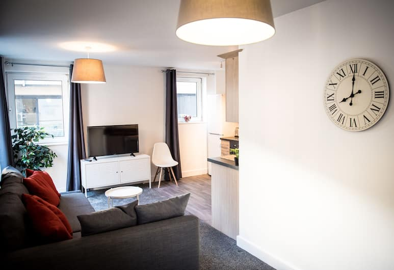 City Centre Pad with Secure Parking, Southampton