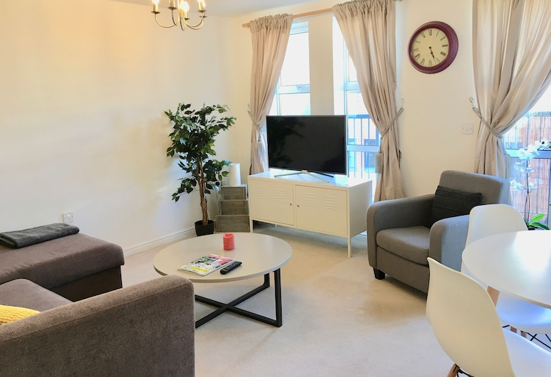 City Pad with balcony and secure parking, Southampton, Apartment, Balcony, Living Area