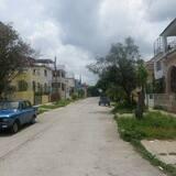 Obiteljski apartman, Više kreveta, za nepušače - Pogled na ulicu