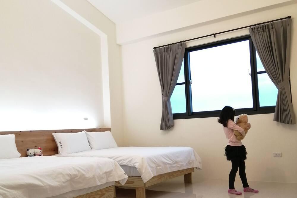 Moon Double Room - Guest Room