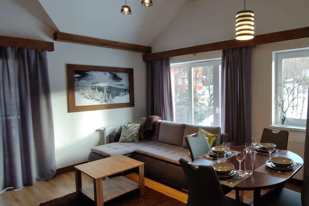 Διαμέρισμα (18C/2D) - Περιοχή καθιστικού