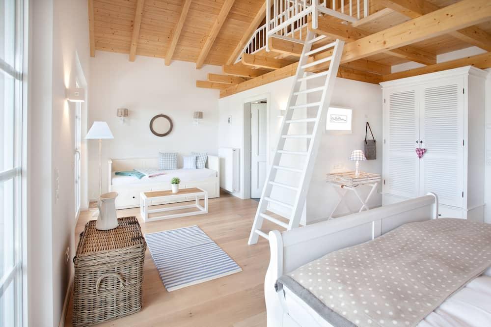 Τρίκλινο Δωμάτιο - Δωμάτιο επισκεπτών