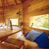 Cabin (Manon) - In-Room Dining
