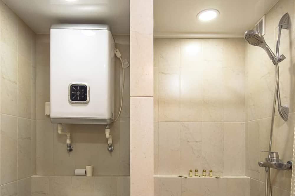 คอมฟอร์ทอพาร์ทเมนท์ - ห้องน้ำ