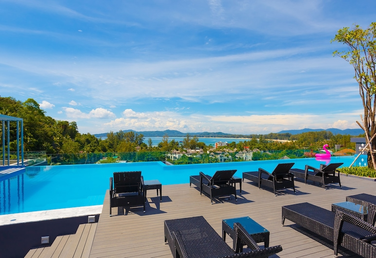 The Aristo Beach Front 713 by Holy Cow, Choeng Thale, Alberca en el piso superior