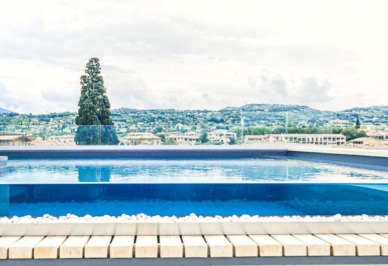 Solho, Bardolino, Pool auf dem Dach