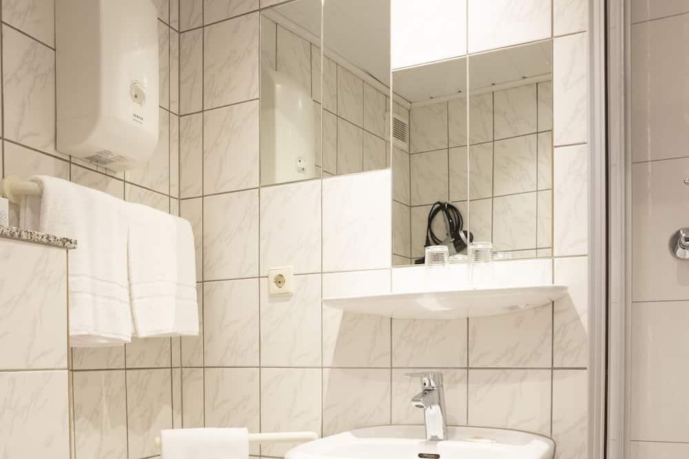 Basic Single Room, 1 Katil Bujang (Single), Non Smoking - Bilik mandi