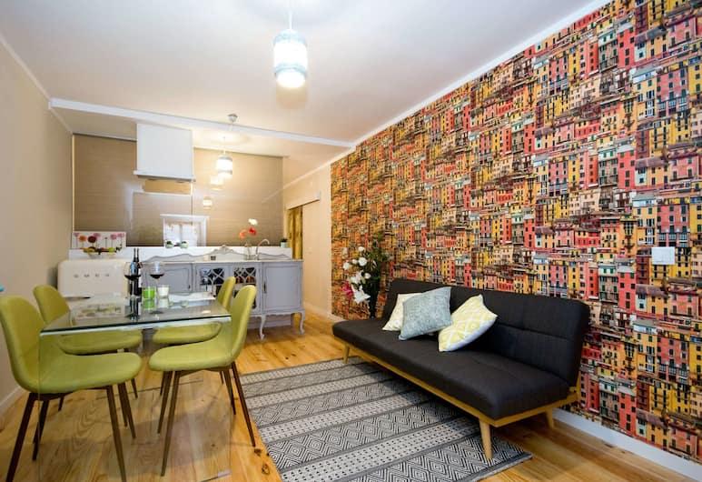 The Pantheon - Casas Maravilha Lisboa , Lisbon, Apartment, 1 Bedroom, Living Room