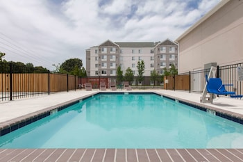 Picture of Days Inn by Wyndham Baton Rouge Airport in Baton Rouge